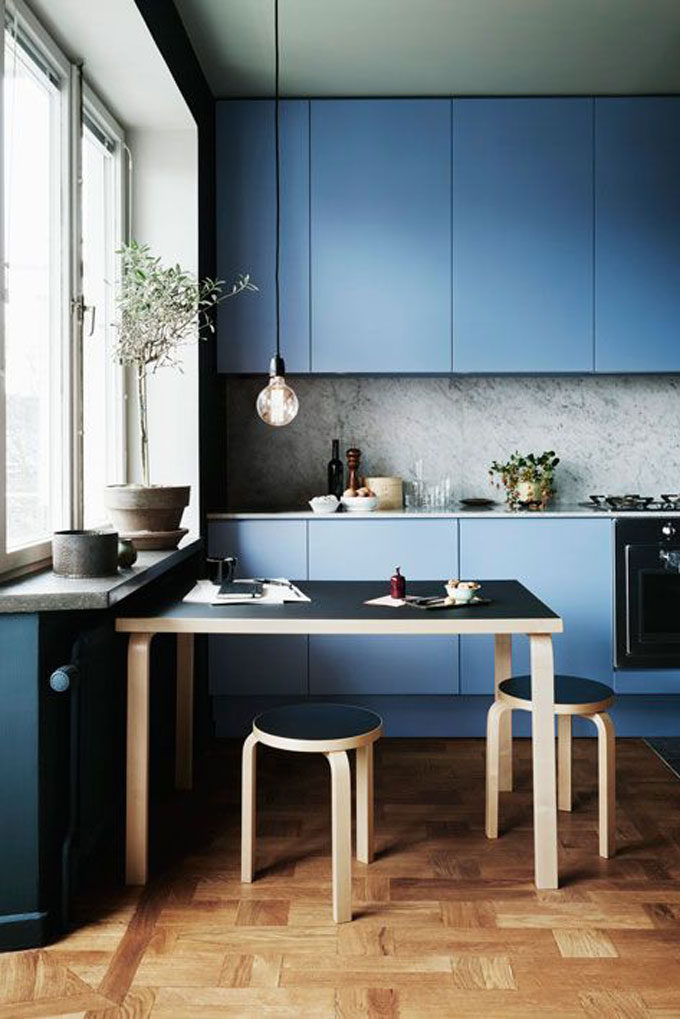 minimal-blue-kitchen